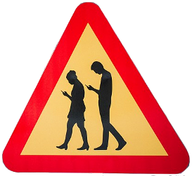 danger smartphone adicts small